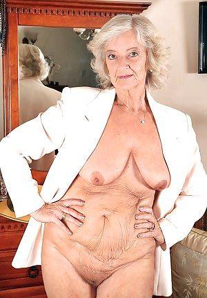 Tits gilf saggy ❤️ Gilf