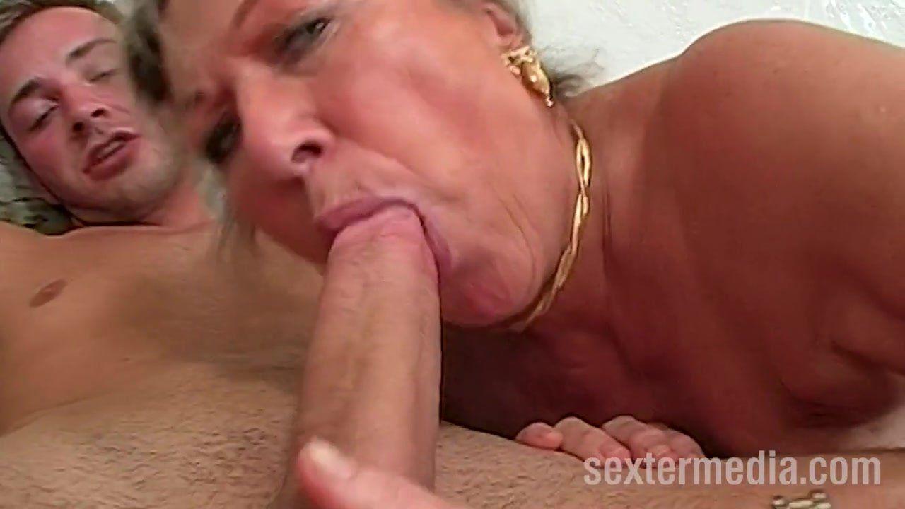Sex free oma Oma Sex: