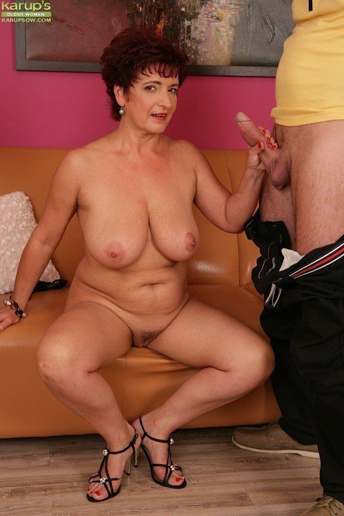 Women naked mature Nude Mature
