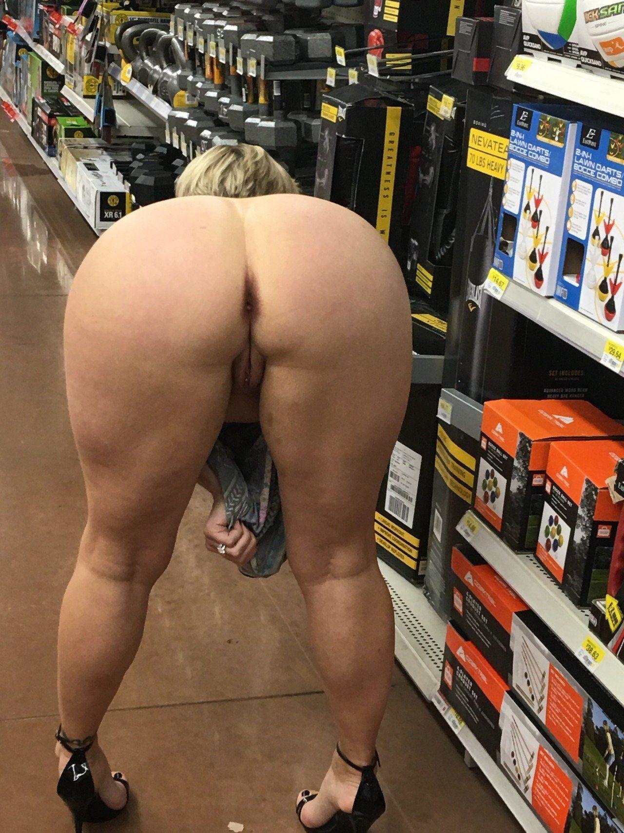 Nude pics woman Hairy Nude