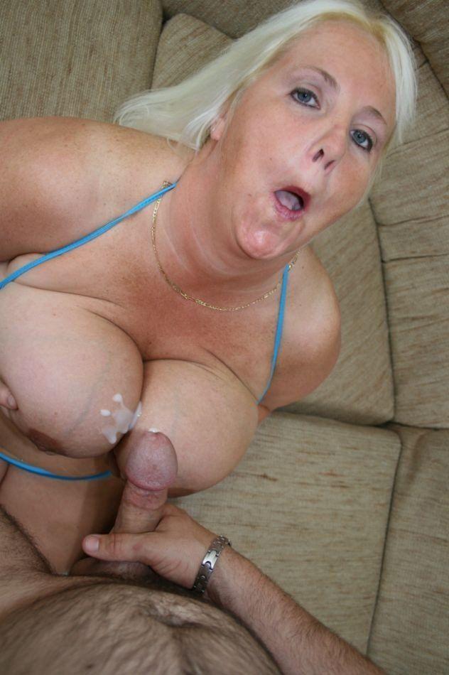 Snow W. reccomend Blonde fat girl cumshot