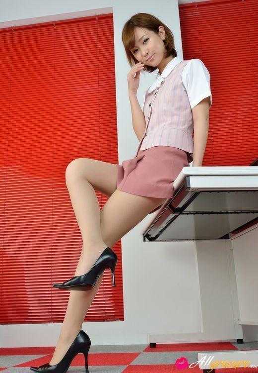 Bomber reccomend Hot asian girl in short skirt nude