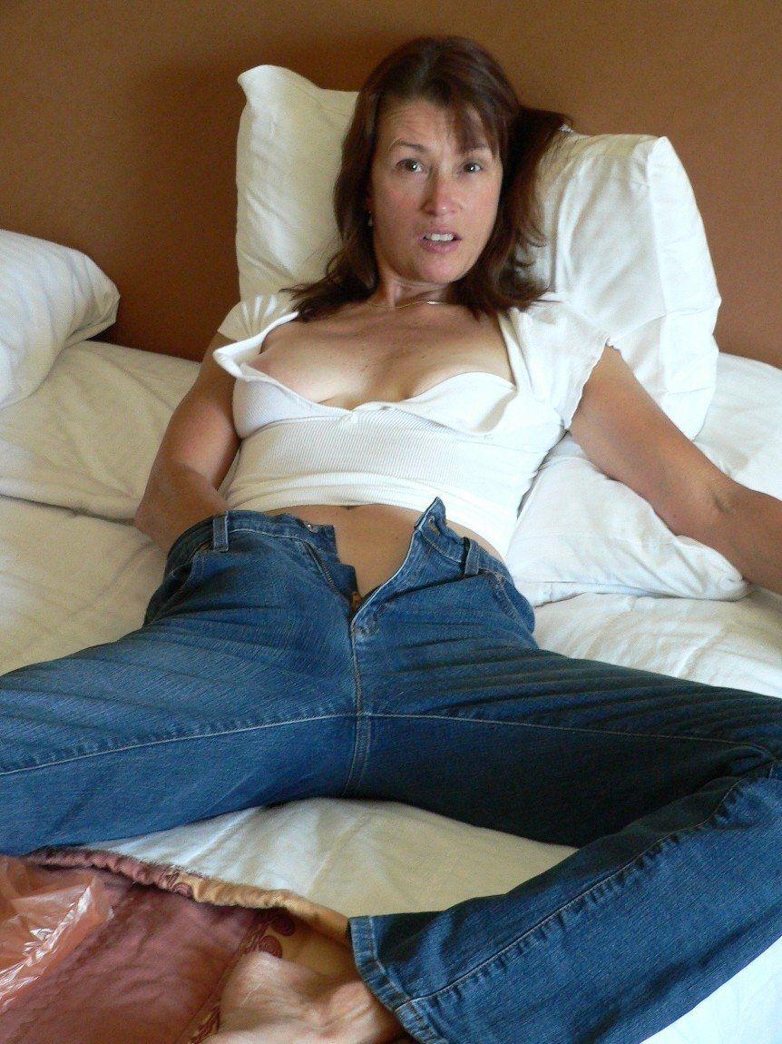 Breezy reccomend Female masturbation in jeans
